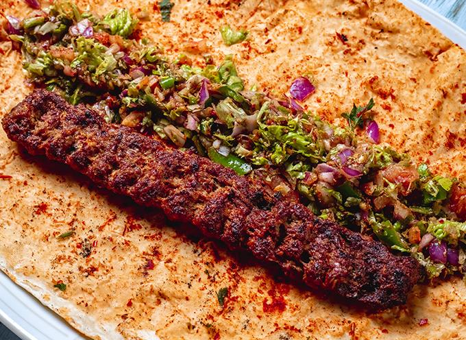 کباب کوبیده غذای سنتی ایرانی